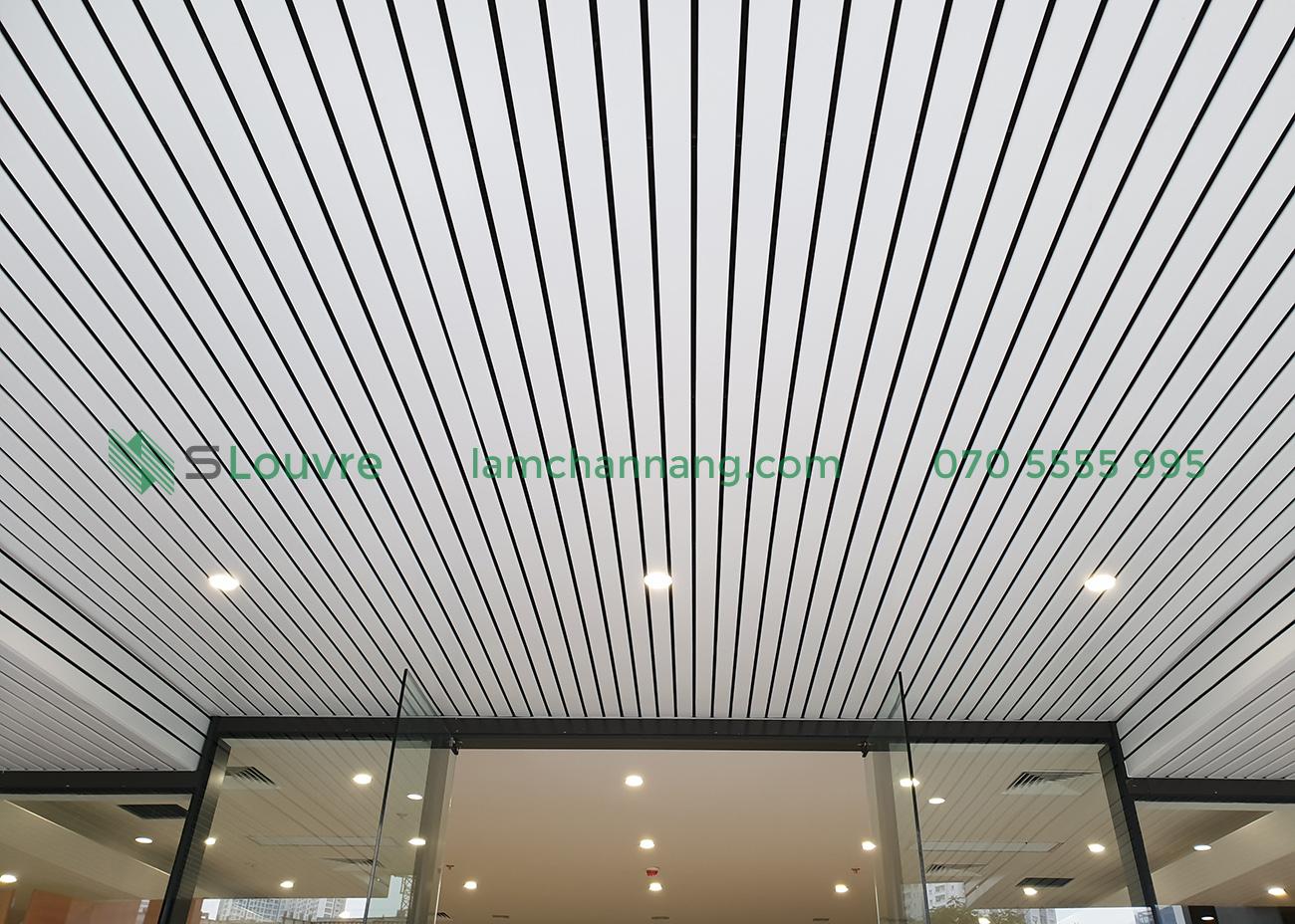 trần nhôm, lam nhôm, trần lam nhôm, trần nhà làm bằng lam nhôm, aluminium louvre, aluminium ceiling, interior aluminium ceiling, interior louvre, aluminium louvre ceiling