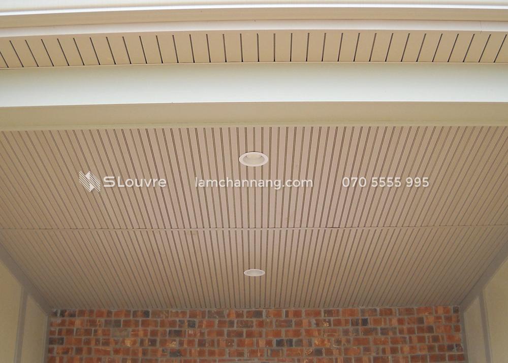 tran-nhom-resort-aluminium-ceiling-4