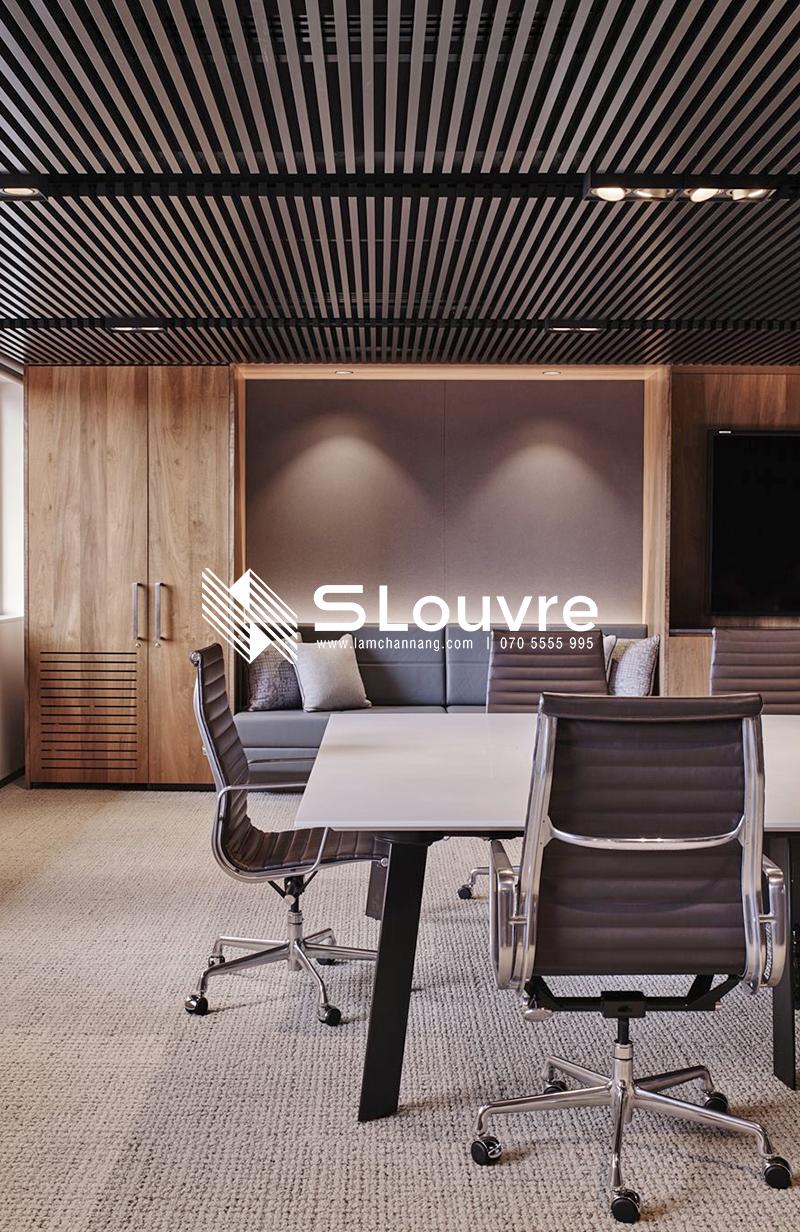 tran-nhom-van-phong-aluminium-ceiling-office-13